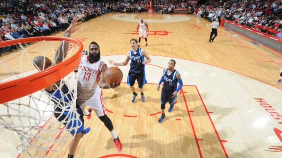 Rockets again overcome absence of Howard