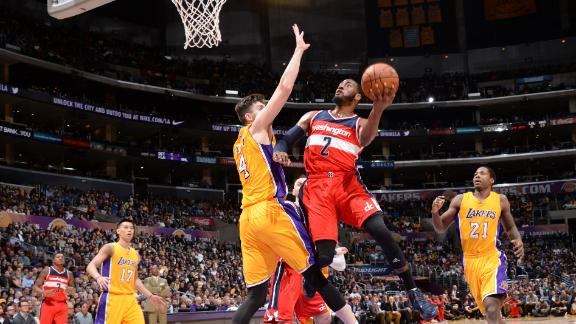 Wiz rally to send Lakers to 9th straight loss