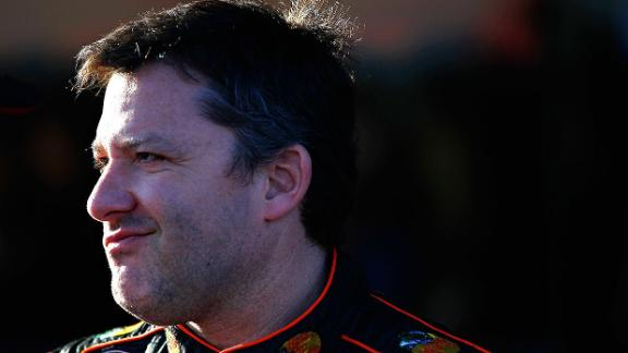 http://a.espncdn.com/media/motion/2015/0128/dm_150128_nascar_Stewart_buys_Sprint_car_circuit/dm_150128_nascar_Stewart_buys_Sprint_car_circuit.jpg