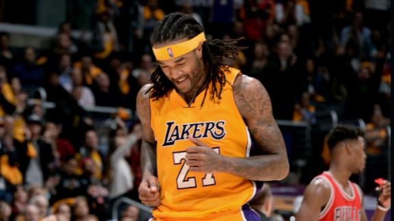http://a.espncdn.com/media/motion/2015/0130/dm_150130_Bulls_Lakers_Highlight/dm_150130_Bulls_Lakers_Highlight.jpg