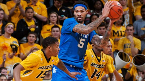 No. 1 Kentucky puts away Missouri