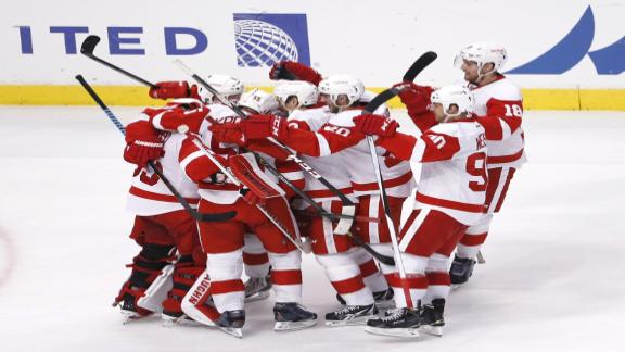 Video - Wings Edge Hawks In Shootout