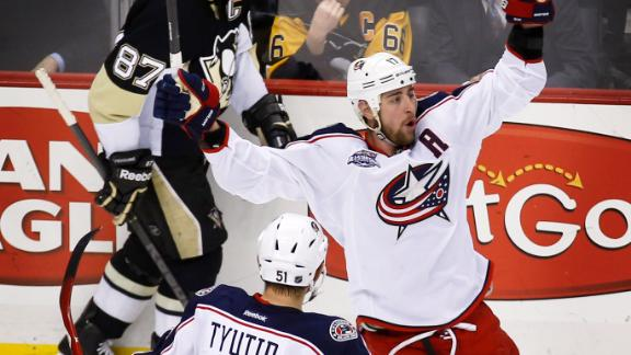Video - Late Goal Lifts Blue Jackets To Win