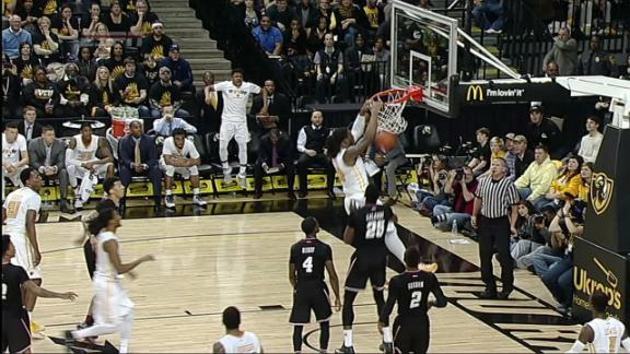 Massachusetts Men's College Basketball - Minutemen News ...