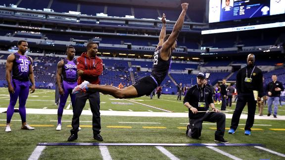 http://a.espncdn.com/media/motion/2015/0223/dm_150223_nfl_draft_news_byron_jones_broad_jump_redo/dm_150223_nfl_draft_news_byron_jones_broad_jump_redo.jpg