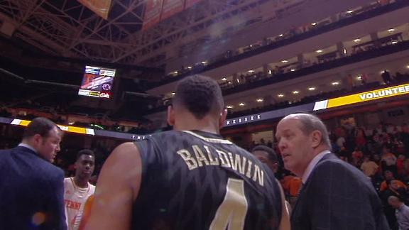 Vanderbilt Coach Stallings Berates Player