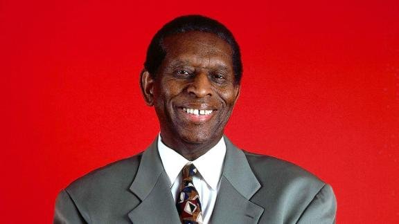 http://a.espncdn.com/media/motion/2015/0227/dm_150227_NBA_Pioneer_Early_Lloyd_Dies/dm_150227_NBA_Pioneer_Early_Lloyd_Dies.jpg