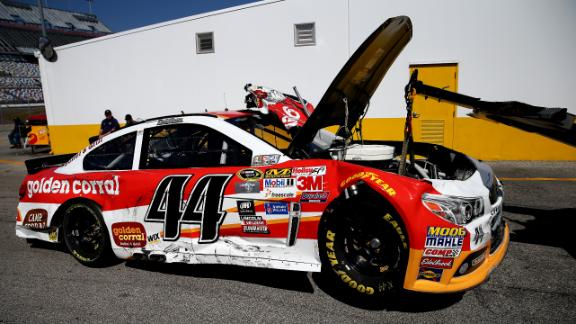 http://a.espncdn.com/media/motion/2015/0227/dm_150227_nascar_news_travis_kvapil_car_stolen/dm_150227_nascar_news_travis_kvapil_car_stolen.jpg