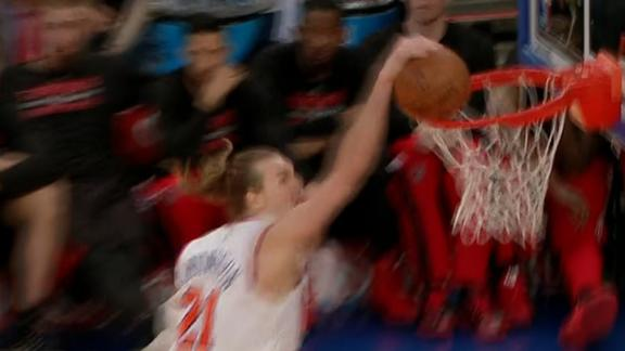 Amundson Gets Rejected By The Rim
