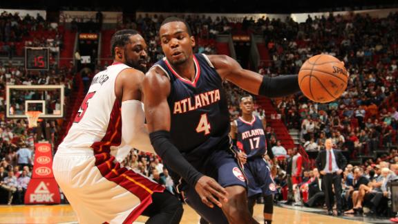 Video - Shorthanded Hawks Edge Heat