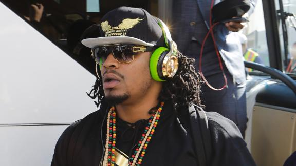 http://a.espncdn.com/media/motion/2015/0301/dm_150301_nfl_lynch_talks_playcall/dm_150301_nfl_lynch_talks_playcall.jpg