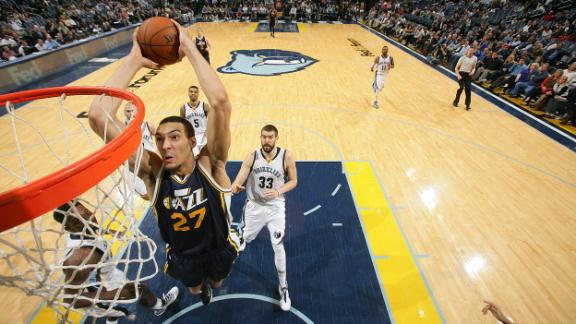 Jazz Stun Grizzlies