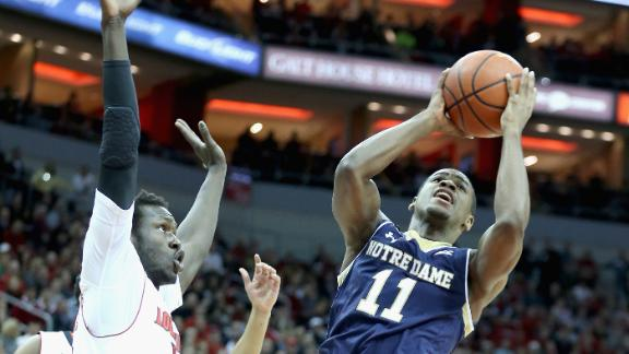 Notre Dame Gets Hot Late To Top Louisville