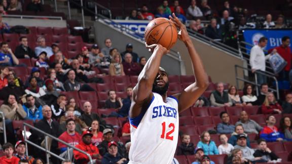 Video - 76ers Shock Hawks