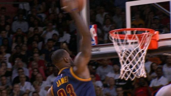 Video - LeBron Dunks, Crowd Boos