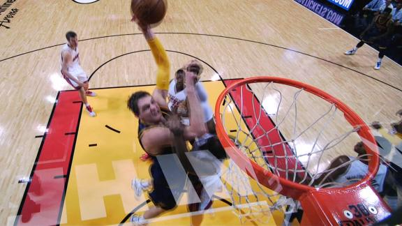 Video - Mozgov's Monster Slam