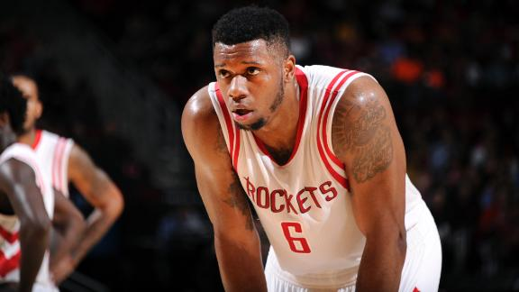 Rockets' Jones Out With Collapsed Lung