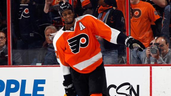Flyers Stun Blackhawks