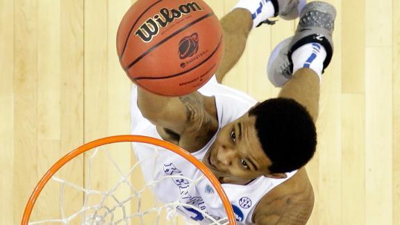 Kentucky plays Wisconsin in Final Four