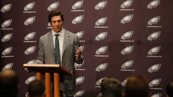 http://a.espncdn.com/media/motion/2015/0330/dm_150330_nfl_news_sam_bradford_almost_quit/dm_150330_nfl_news_sam_bradford_almost_quit.jpg