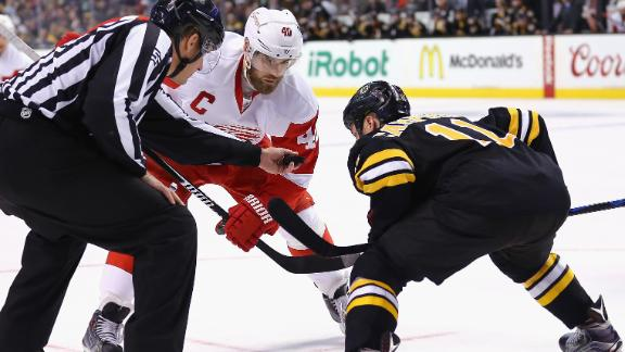 Bruins making playoff push against Red Wings