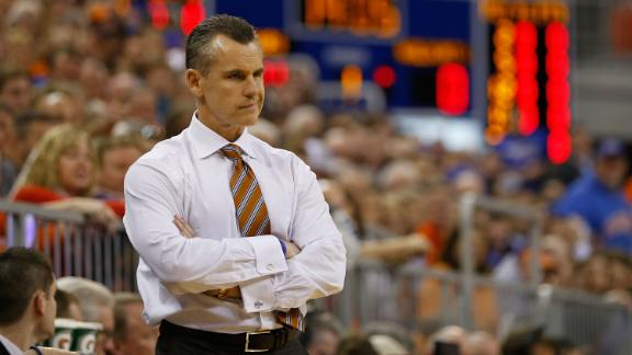 http://a.espncdn.com/media/motion/2015/0402/dm_150402_ncb_Billy_Donovan_would_listen_to_NBA_offers/dm_150402_ncb_Billy_Donovan_would_listen_to_NBA_offers.jpg