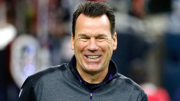 http://a.espncdn.com/media/motion/2015/0413/dm_150413_nfl_Broncos_Kubiak_sets_High_Bar/dm_150413_nfl_Broncos_Kubiak_sets_High_Bar.jpg