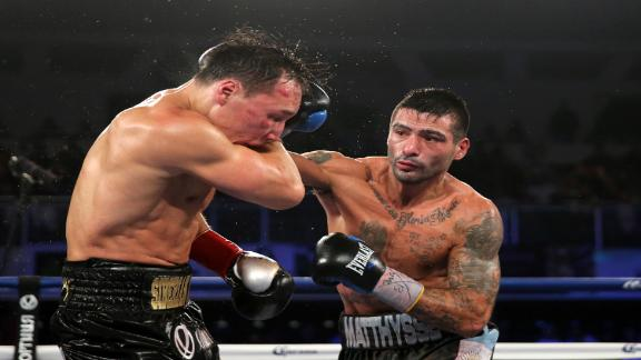 http://a.espncdn.com/media/motion/2015/0419/dm_150419_Matthysse_tops_Provodnikov_by_majority_decision/dm_150419_Matthysse_tops_Provodnikov_by_majority_decision.jpg