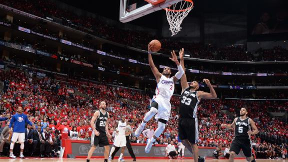 Clippers pull away from Spurs in Game 1