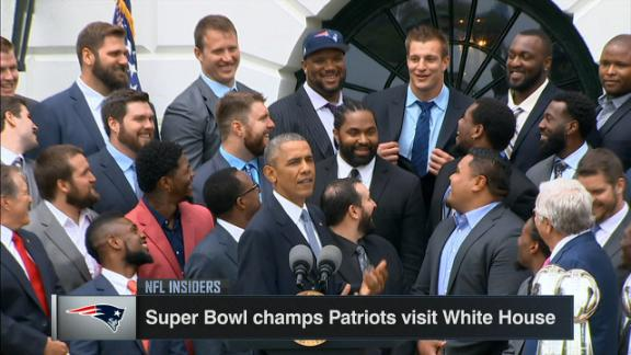 Obama jokes around with Rob Gronkowski