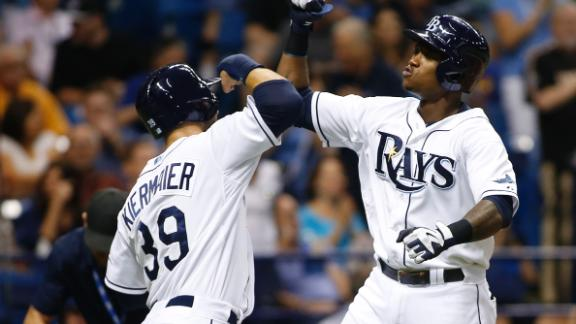 Rays crush Dickey, Blue Jays