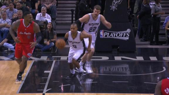Mills' stop and pop 3-pointer