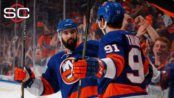 Islanders fend off elimination