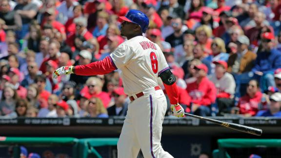 Phillies edge Braves