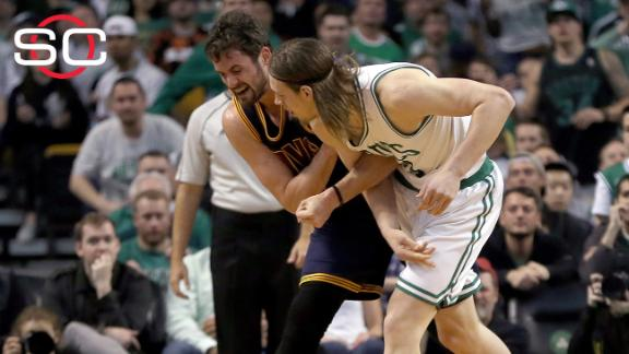 Report: Kevin Love will miss at least two weeks