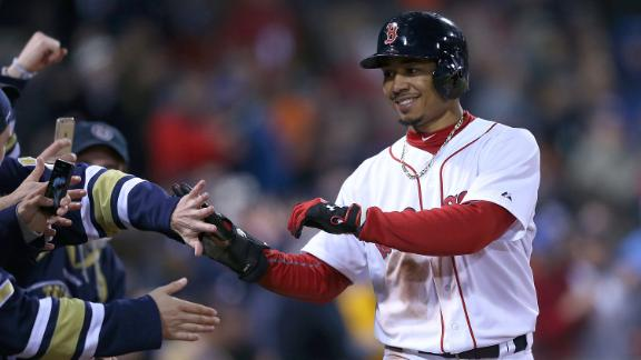 Red Sox rally for walk-off win