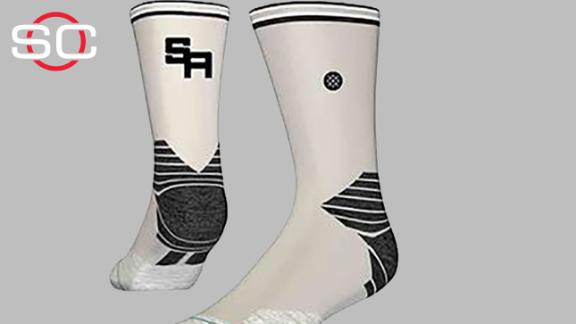 http://a.espncdn.com/media/motion/2015/0427/dm_150427_nba_Stance_is_the_official_sock_of_the_NBA/dm_150427_nba_Stance_is_the_official_sock_of_the_NBA.jpg