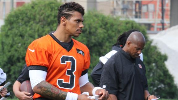 http://a.espncdn.com/media/motion/2015/0510/dm_150510_nfl_pryor_headline/dm_150510_nfl_pryor_headline.jpg
