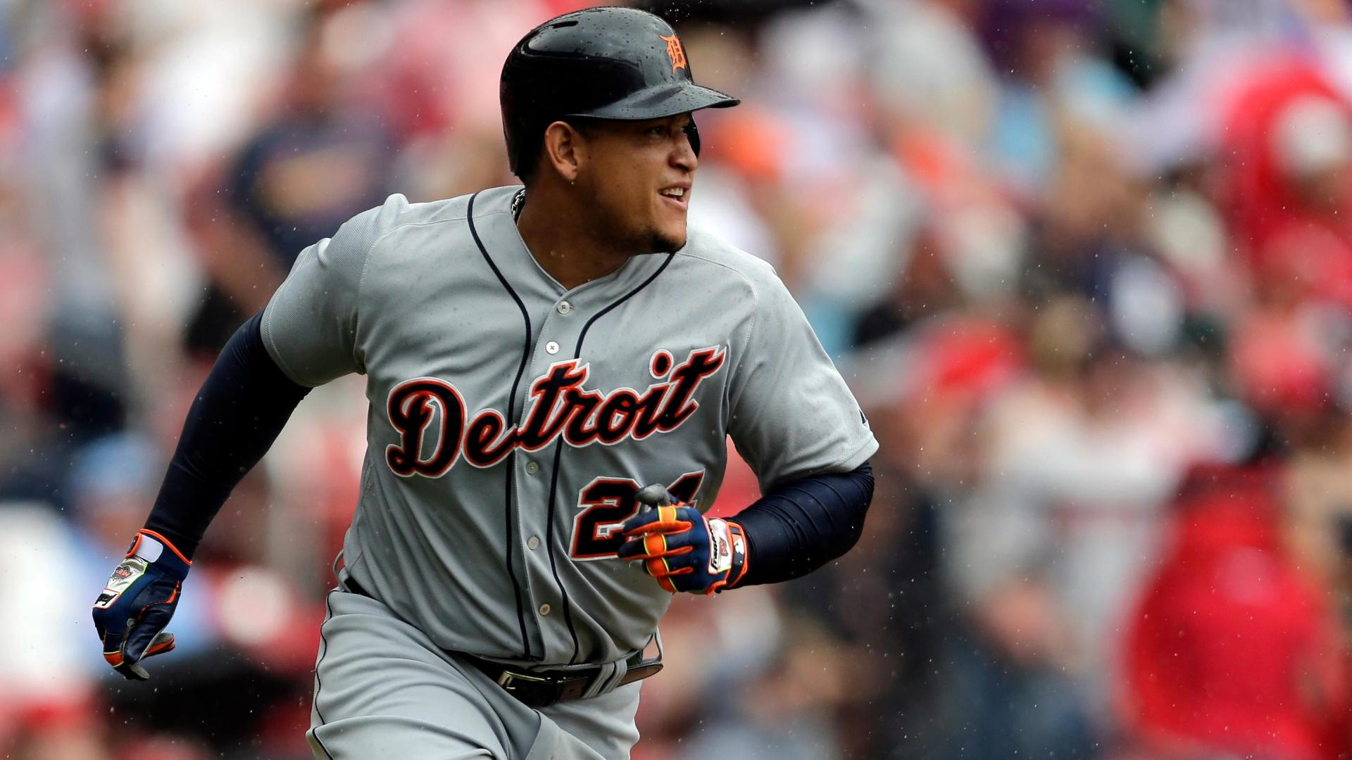 Cabrera blasts 400th HR in Tigers' victory