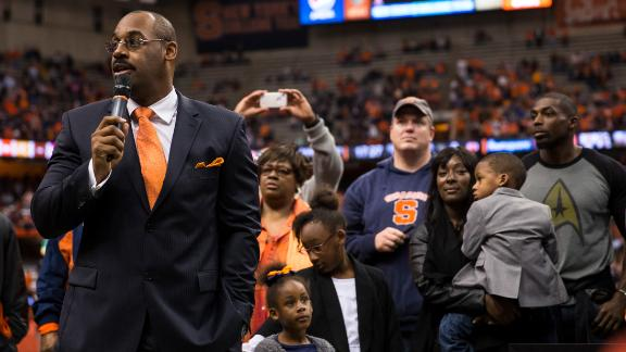 McNabb not happy with Syracuse unretiring 44