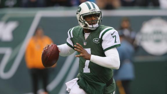 Jets eliminate distractions, name Smith starting QB