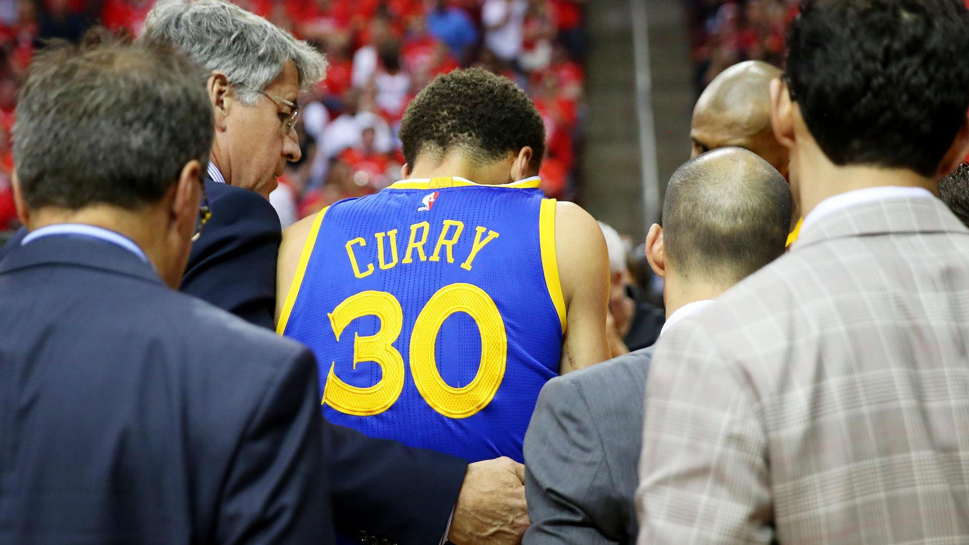 Curry back in game after hard fall on back, neck