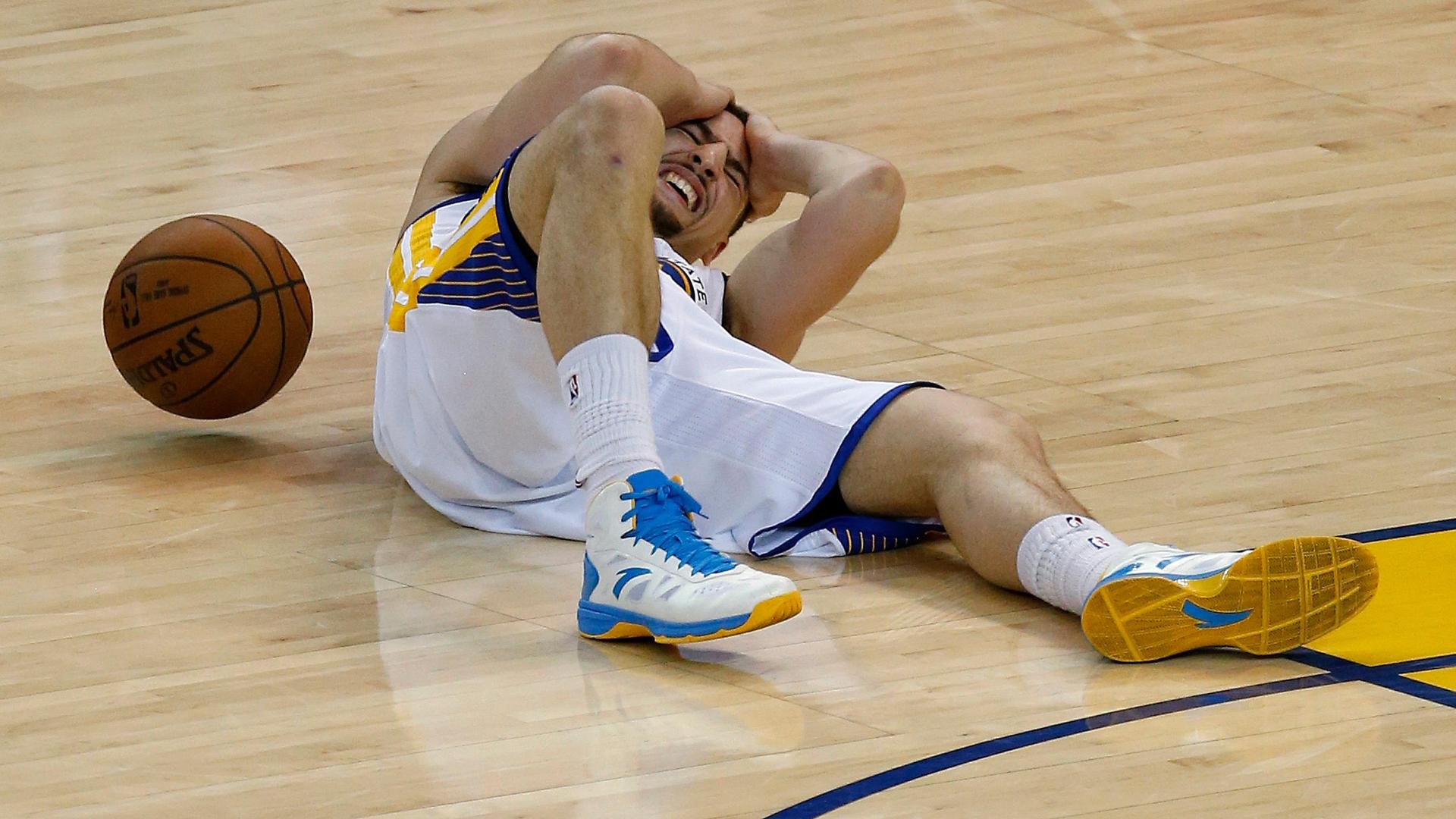 Klay Thompson developed concussion-like symptoms after game, team says