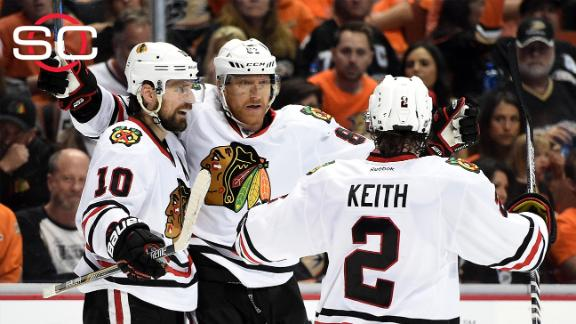 Blackhawks come up big in Game 7