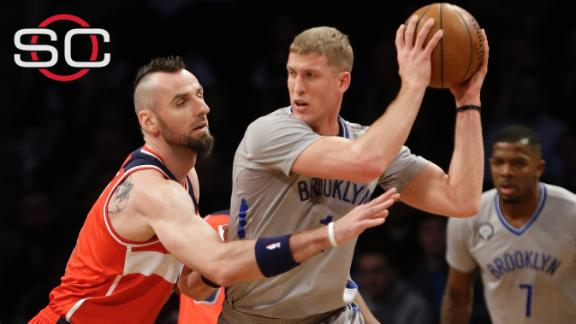 Nets send Plumlee to Trail Blazers
