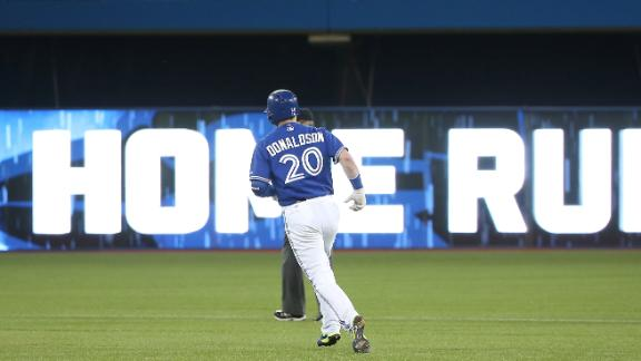 Donaldson homers in Toronto win