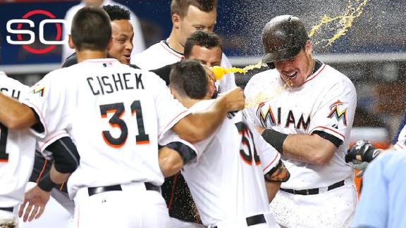 Marlins walk off against Giants