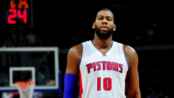 Bucks haul in Greg Monroe