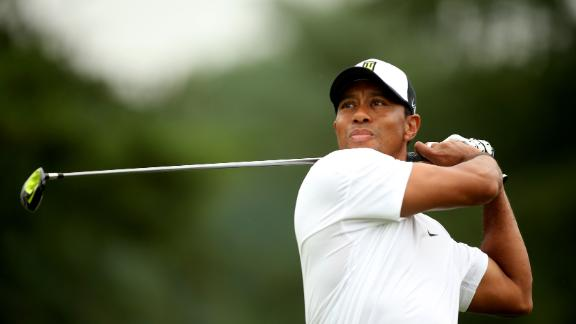 Woods makes the cut