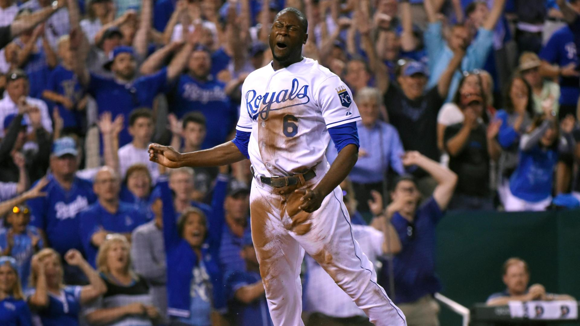 Royals walk off with extra-inning win